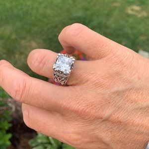 R0891 Retired Silpada uptown ring size 8-8.5